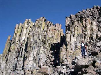 Cap of Basalt columns atop Tepee Mtn