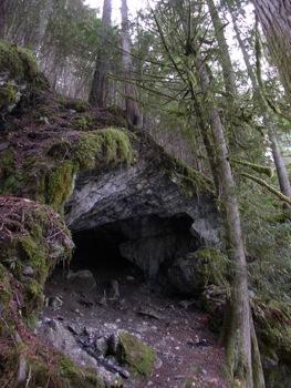 Chipmunk Cave entrance