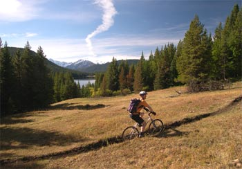 Mountain biking the trails around Spruce Lake
